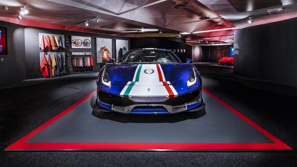resized_488Pista_Allestimento_Pilota_Ferrari-2