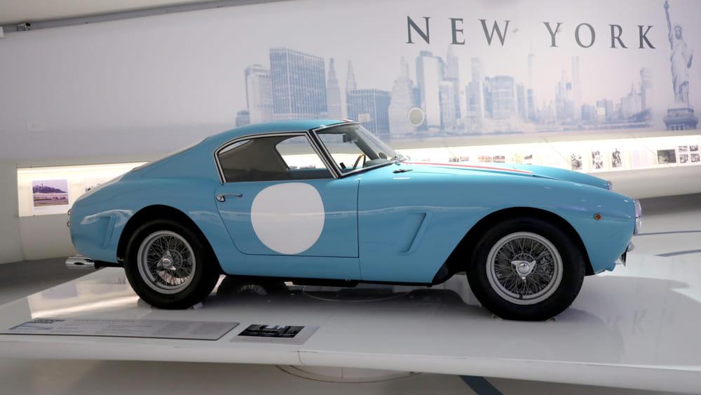 Ferrari_250_GT_SWB_(1959)-2