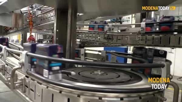 VIDEO | La visita alla fabbrica di Conserve Italia a Ravarino