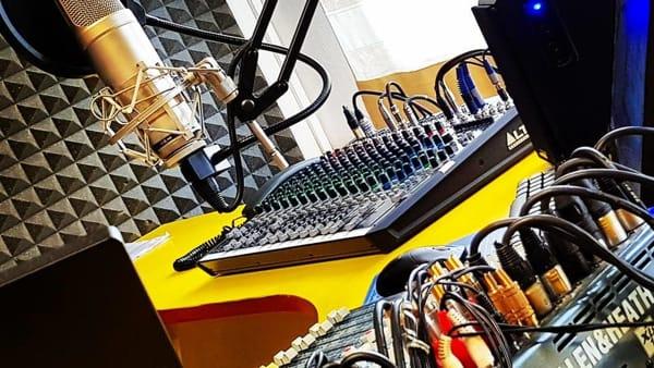 """""""Perlattiva"""", concerti per celebrare la storica radio di Nonantola"""
