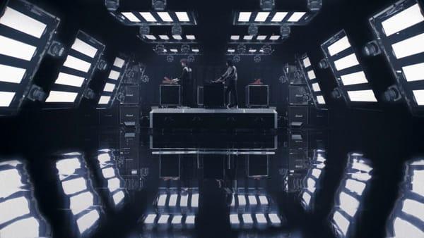 """""""Iris: A Space Opera"""", la musica elettronica arriva sul grande schermo"""