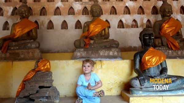 Bimbi in meditazione: merenda e spirito
