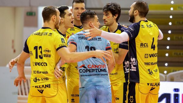 Top Volley Cisterna-Leo Shoes Modena 2-3 | Vittoria nel segno di Christenson