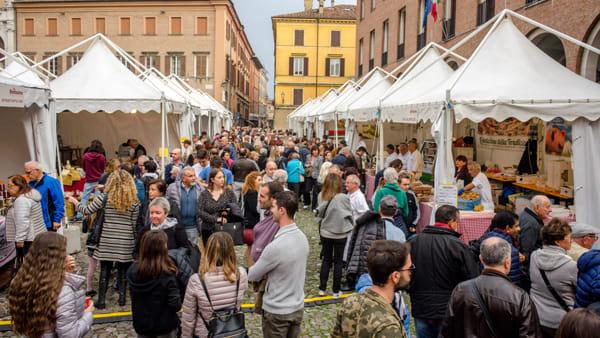 """Festival del gusto e dei prodotti tipici modenesi, in piazza Grande torna """"La Bonissima"""""""