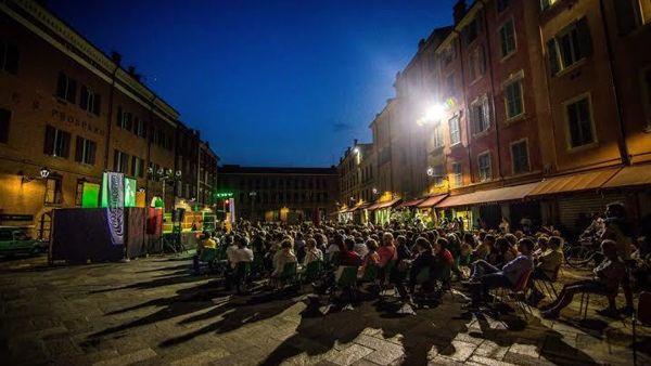"""""""Note di Stelle"""", quattro appuntamenti fra teatro e musica in piazza XX Settembre"""