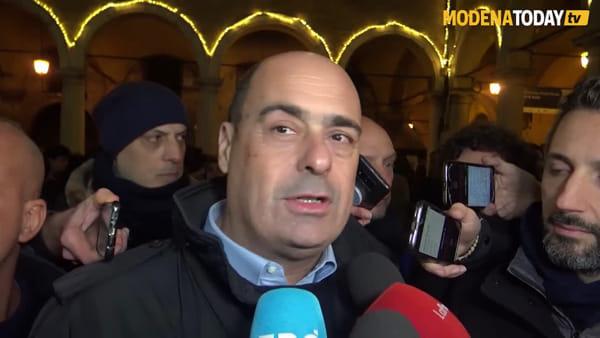 """Zingaretti rilancia il PD da piazza Grande: """"Un grande partito dà grandi risposte"""""""
