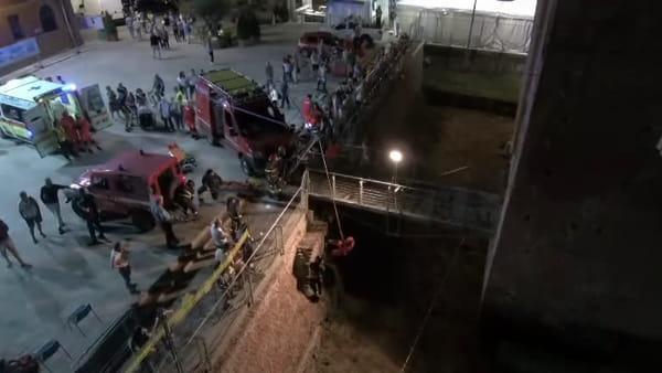 San Felice, esercitazione congiunta di soccorso nel fossato del castello