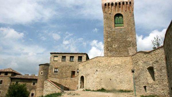 """""""La storia in festa"""": due giorni di incontri, visite ed enogastronomia al castello di Montecuccolo"""