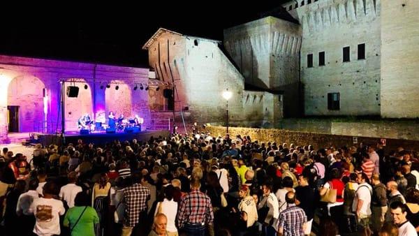 Etra Festival, al via un mese di imperdibili appuntamenti ai piedi della Rocca di Vignola
