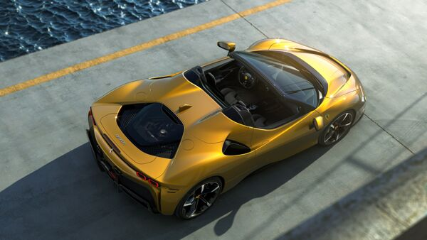 06_SF90_Spider_3-4_rear_top-2