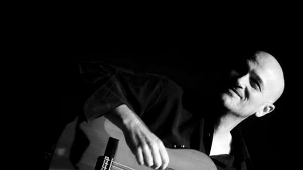 """Live in Modena """"Emozioni Acustiche"""": musica dal vivo con Luigi Catuogno e Francesco Benozzo"""