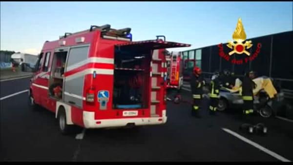 Tre vittime modenesi in un tamponamento in A1 - IL VIDEO