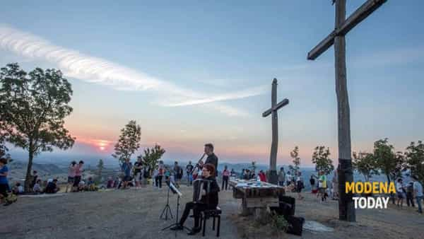 tre croci on stage: albe e tramonti da vivere insieme sul monte delle tre croci-4