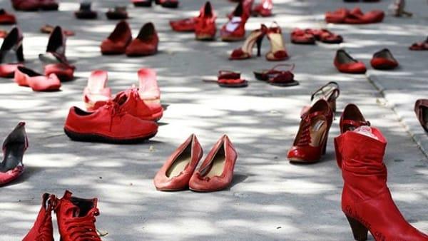 """""""Rosso...ma come il Lambrusco"""". Arte e gusto contro ogni violenza"""