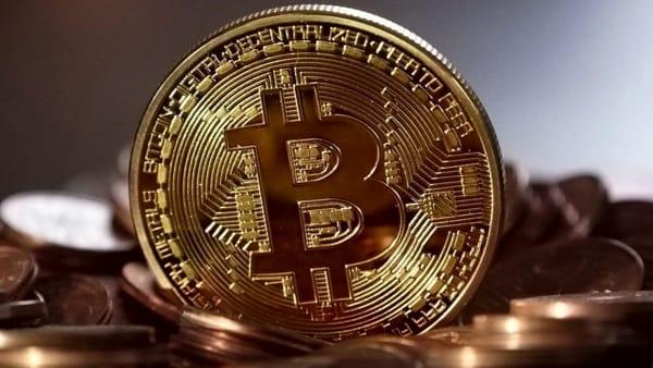 "Bitcoin: la moneta ""inco.Sciente"". Conferenza al Planetario"