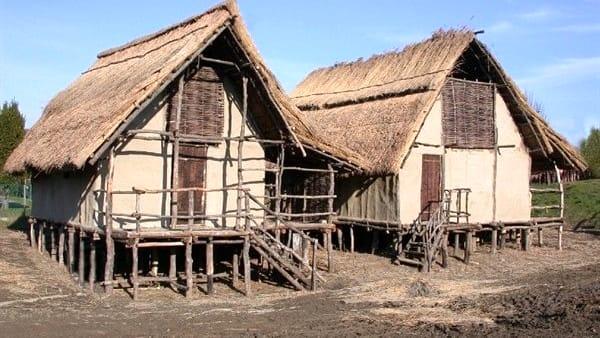 Rievocazione storica alla Terramara di Montale per vivere la vita quotidiana