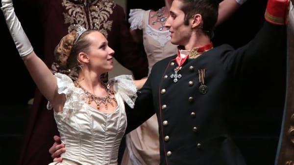 """Vita e amori principeschi in musicalcon """"La Principessa Sissi"""" all'auditorium di Mirandola"""