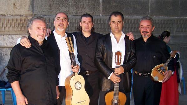 Serramazzoni, il concerto dei Viulan con il folk dell'Appennino