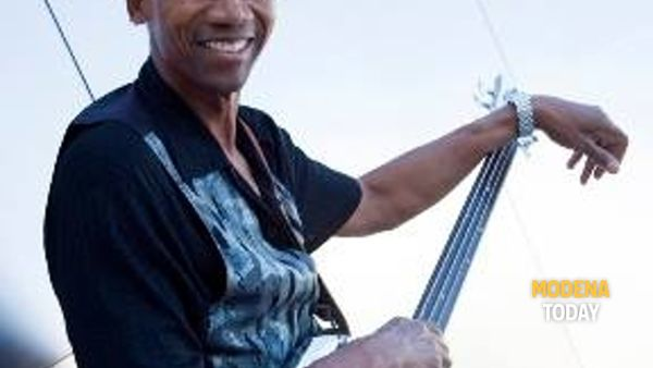 Alphonso Johnson in concerto a Vignola