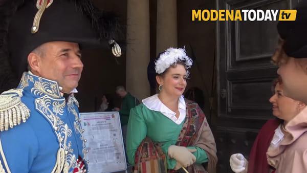 IL VIDEO - La parata delle truppe napoleoniche nel centro storico di Modena
