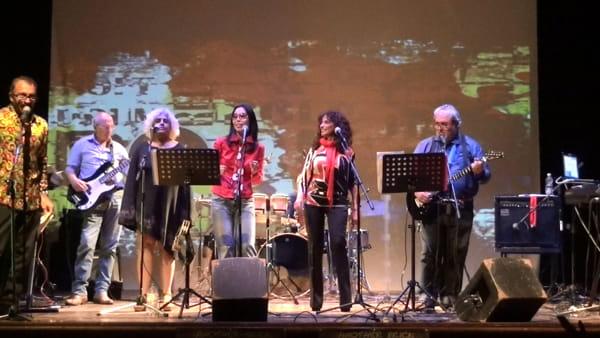 """""""I love 60's"""", lo spettacolo dei mitici anni 60 al Teatro Cittadella"""